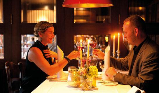 fuchsbau romantik hotel restaurant spa. Black Bedroom Furniture Sets. Home Design Ideas