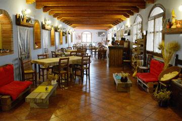HOTEL FUNTANA NOA Villanovaforru (CA)