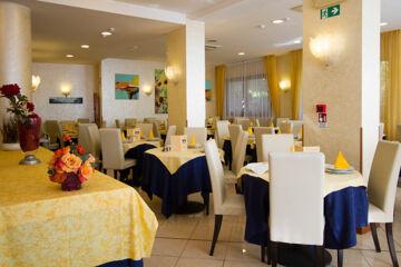 HOTEL SOLE Diano Marina