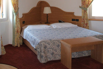 HOTEL STELLA DELLE ALPI Ronzone (TN)